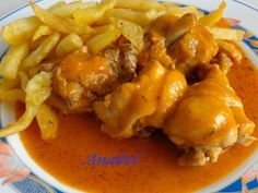 Pollo in salsa veloce - Recetas - Puerto Rican Cuisine, Mexican Cooking, Chicken Potatoes, Bean Casserole, Pressure Cooking, My Favorite Food, Chicken Recipes, Dinner Recipes, Food And Drink