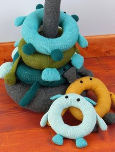 Do it yourself ideas and projects: 30 useful and practical crafts for old socks