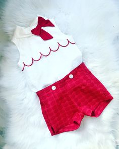Stunning Girls Shorts Set Outfit. Perfect for Spring/Summer 2019. Beautiful Bow Detail. Sizes 3-10yrs  #girlsoutfits #spring/summer19 #girlsfashion
