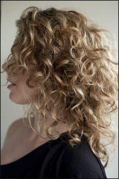 Curly Hairs | Haare und Beauty | Pinterest | Lockenfrisuren, Haar ... | Einfache Frisuren