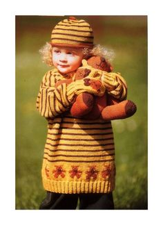 Teddybear Jumper, mittens and beret knitting pattern for 1 -9 years at www.yarnpassion.com