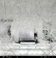 "espacio blanco | ""Snowflake"" Instalación para Kartell de Tokujin Yoshioka"
