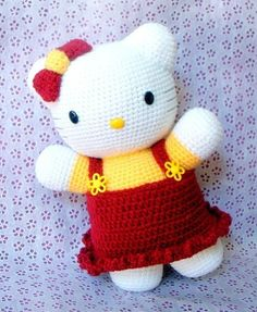 "e-Pattern, not a finished doll!!    This is a listing of "" Huggy kitty "" , amigurumi doll pattern/PDF.    Completed size: 12.5 X 8  Great size to hug!"