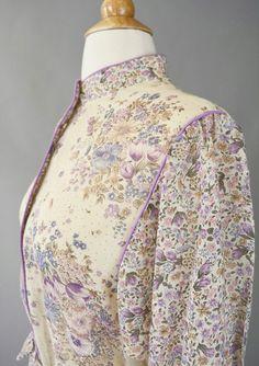 Boho Chic Vintage 70s Lavender Cream Floral Folk by RIPandROSE