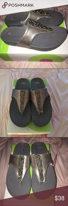 """🍭New with tags bare traps sandals 8 🍭New with tags bare traps pewter size 8 sandals in """"Garnett"""" style Shoes Sandals"""