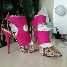 Shoes Pink and snake print. Brand new. Shoes