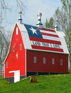 Red white and blue barn!