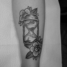 Fresh WTFDotworkTattoo Find Fresh from the Web Reloj de arena para Mónica. PARA…