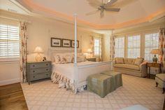 Master bedroom - Kim and Lin Logan Real Estate - Homes for sale in Lake Oconee area Georgia
