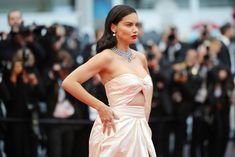 "Adriana Lima wears Alberta Ferretti gown at the screening of ""Burning"" during the annual Cannes Film Festival at Palais des Festivals on May 2018 in Cannes, France. Beautiful Wife, Beautiful Models, Celebrity Red Carpet, Celebrity Style, Adriana Lima Style, Brazilian Supermodel, Music Festival Fashion, Palais Des Festivals, Cannes France"