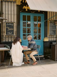 Anniversary couple session Paris by Harriette Earnshaw Photography In front of a parisian café. Engagement Couple, Engagement Session, Chez Julien, Romantic Anniversary, Parisian Cafe, Sky High, France Travel, Marriage, Romance