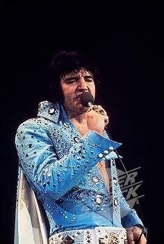 Elvis in concert Hampton Roads, VA April 9, 1972
