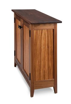 Side view of cabinet.