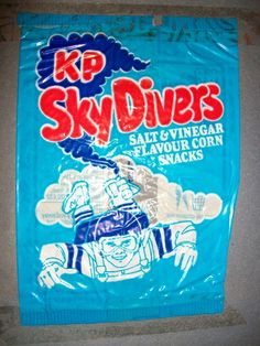 neon Skydiver crisps were corn snacks shaped like little men with their arms out and legs spread. (A bit like Quarterback shapes now). 1980s Childhood, My Childhood Memories, Retro Toys, Vintage Toys, 80s Sweets, Corn Snacks, Vintage Sweets, Vintage Packaging, Retro Recipes