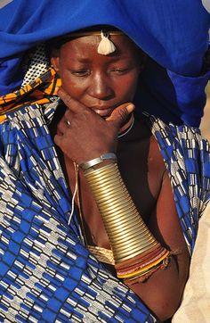Africa | Mucubal woman. Southern Angola. | ©Hiromu Jimbo