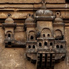 Bird House on Ayazma Mosque, Istanbul - bewri Islamic Architecture, Architecture Details, Pigeon House, Bird House Feeder, One Story Homes, Concrete Structure, Bird Cages, Ottoman Empire, Istanbul Turkey