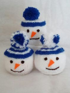 Knitted Snowman Chocolate Orange Covers Frugal Christmas, Cute Christmas Tree, Christmas Makes, Christmas Stockings, Christmas Crafts, Knitting Designs, Knitting Patterns Free, Knitting Projects, Chocolate Orange