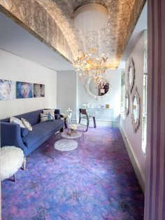 5 Tips to Pick the Perfect Color Palette Nyc Holidays, Crystal Chandelier Lighting, Pink Room, Room Interior, Color Trends, Interior Decorating, Decorating Ideas, Shag Rug, The Hamptons