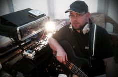Simon Edward | UK Bassist and composer | InfinityBass.com