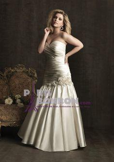 A-line Sweetheart Strapless Sweep/ Brush Train in Satin Plus Size Wedding Dress : parisbonbon.com