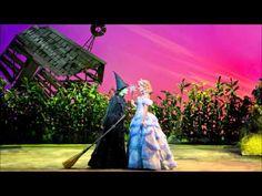 Wicked Brisbane Closing Night - Cat Fight Scene - Jemma Rix & Suzie Mathers