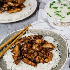 Chinese Garlic Chicken - a homemade version of the popular takeout dish. Super versatile - great as a quick & easy weeknight dinner or as finger food for a party! Basil Pesto Chicken Pasta, Chicken Pasta Bake, Chicken Meals, Chicken Salad, Chinese Garlic Chicken, Garlic Chicken Recipes, Wine Recipes, Asian Recipes, Cooking Recipes