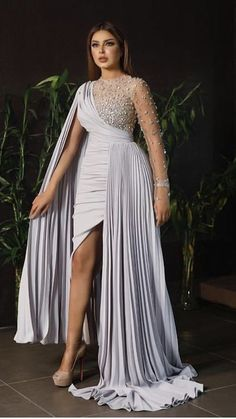 Stunning Dresses, Stylish Dresses, Elegant Dresses, Nice Dresses, Latest African Fashion Dresses, Women's Fashion Dresses, Wedding Dress Bustle, Dinner Gowns, Classy Dress