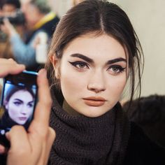 Beauty look at the Natalie Capell AW2015 showing during Barcelona Fashion Week Via M.A.C. Cosmetics