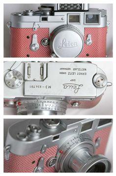 pink Leica camera, si un jour vous voulez me faire plaisir....