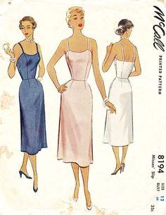 243a7894ab43 McCall s Pattern 8194 Vintage 50s Elegant straight Slip! Klasické Vzory  Šití