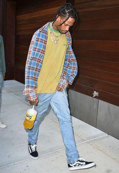 15 Ways To Dress Like Streetwear Supremo Travis Scott Travis Scott Fashion, Travis Scott Outfits, Travis Scott Style, Travis Scott Clothing, Fashion Kids, Fashion Models, Fashion Outfits, Grunge Outfits, 90s Fashion Grunge