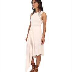 Free People Maxi Dress NWT - $148 Never worn NWT! beautiful dress I just don't have an occasion for wearing it and I don't want it to sit in my closet! Off white perfect condition Free People Dresses Maxi