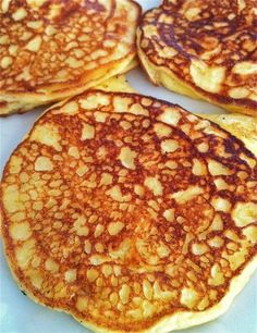 Protein Pancakes. Yum they taste like French toast but without the carb overload! Can we made with GF oats. In your blender: 6 eggs, 1 cup oats, 1 cup cottage cheese, 1 teaspoon vanilla flavoring  and a sprinkle of cinnamon. Cook like pancakes- Enjoy!
