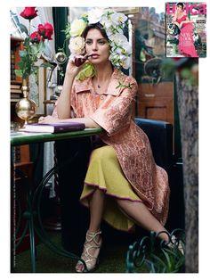 Romantic floral studio: we love Catrinel Menghia in Mantù!! #unica #ss2016 #jacquardcoat