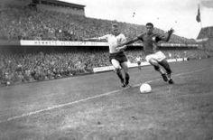AntiqueFootball: Garrincha v Sweden, 1958