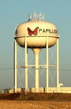 Papillion, Nebraska, USA water tower.- Makes me miss going to John and Ritas!  We'd see this on the way =) @Rita and @Donna Allen