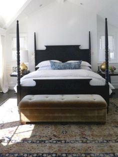 Home Decoration Interior Painted four-poster bed makeover tutorial. Budget DIY for a dramatic black four poster bed!Home Decoration Interior Painted four-poster bed makeover tutorial. Budget DIY for a dramatic black four poster bed! Home Decor Bedroom, Bedroom Inspirations, Bed Makeover, Cheap Home Decor, Home, Modern Farmhouse Bedroom, Black Furniture, Traditional Bedroom, Home Bedroom