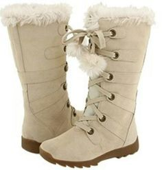 These are in style for mostly winter. As i said i love the laces on them.