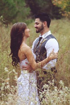 love this wedding pose!