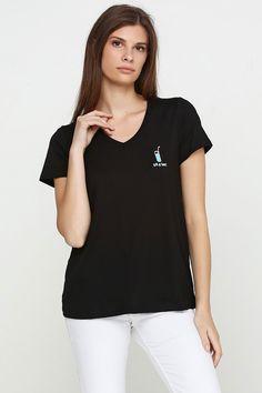 Жіноча  футболка MAKSYMIV LF-1021-4GT з вишивкою  Джин amp Тонік. 3f6ace480465d