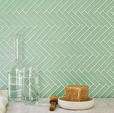 Trendy kitchen tiles mosaic fired earth Ideas #kitchen Neutral Bathroom Tile, Quirky Bathroom, Quirky Kitchen, Bathroom Ideas, Kitchen Ideas, Loft Bathroom, Kitchen Corner Units, Kitchen Window Shelves, Kitchen Paint Schemes