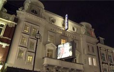 Das Apollo Theater in London. Barrierefrei dank HIRO LIFT. http://blog.hiro.de/2015/04/07/eine-reise-wert-das-apollo-theatre-in-london/