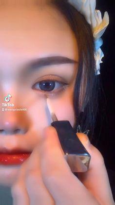 Eyeliner Looks, No Eyeliner Makeup, Eyeliner Tutorial, Aesthetic Pastel Wallpaper, Earrings, Fashion, Ear Rings, Moda, Eye Liner