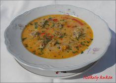 Nagyanyám sima hagymaleves receptjét alakítottam az én ízlésem szerint , és mivel nagyon finomra sikerült gondoltam veletek is m... Cheeseburger Chowder, Curry, Ethnic Recipes, Soups, Curries, Soup