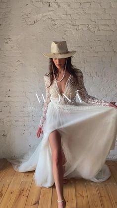 Formal Pants Women, Pants For Women, Boho Wedding, Wedding Gowns, White Bridal Dresses, Lace Bride, Spring Fashion, Lace Dress, Style Inspiration