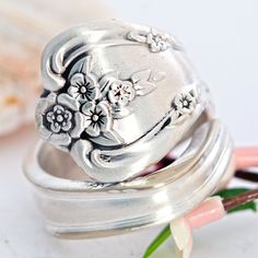 Hey, I found this really awesome Etsy listing at https://www.etsy.com/listing/151258666/inspiration-silverware-spoon-ring