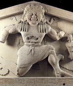 Decoración escultórica del frontón oeste del Templo de Artemis, Corfú. S. VI a. C. Arte griego