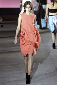 Yulia Serzhantova walking John Galliano Spring '13 RTW #runway #fashion