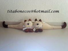 Clay Projects, Sewing Projects, Draft Stopper, Fabric Animals, Cat Quilt, All About Cats, Cat Crafts, Diy For Kids, Mickey Mouse