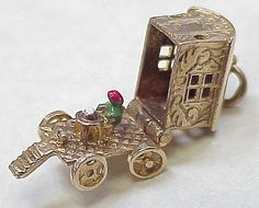 Vintage 9k English Gold Charm- Gypsy Wagon OPENS Fortune Teller